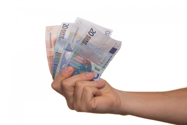 How Do Cash Loans Help You During Tight Situations