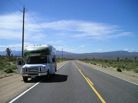 Hacks to Minimize the Cost of Renting an RV