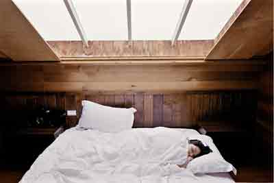 Follow These Useful Tips To Sleep Faster At Night